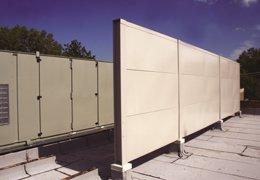 Pantalla acústica metálica para exteriores
